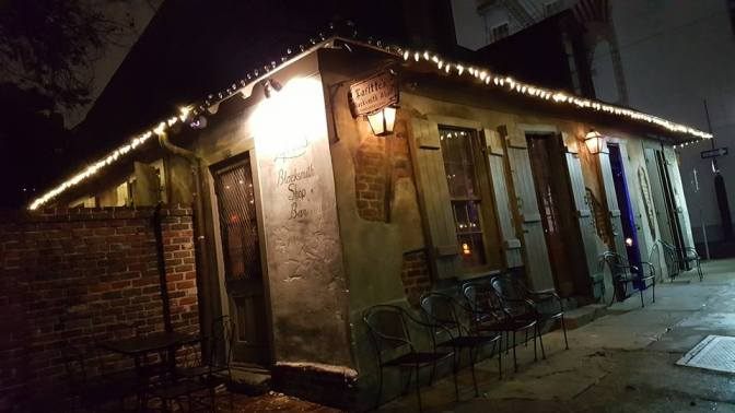 Lafitte's Backsmith Shop – The Oldest Bar in the U.S.